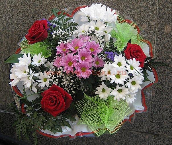 Букеты из дешевых цветов своими руками 689